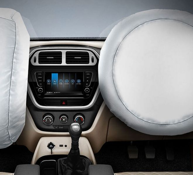 Automotive Mahindra TUV300 Plus Interior-9