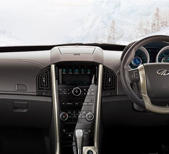 Automotive Mahindra XUV500 Interior-4